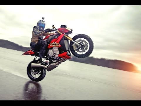 Riding on Ice at BMW S1000R