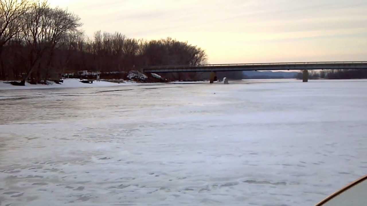 Hovercraft ice fishing youtube for Ice fishing videos on youtube