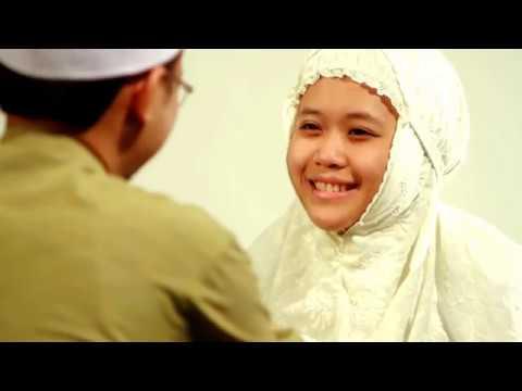 Oh Muslimah Nazrey Johani,Lagu Tema Malam Hikayat Srikandi Islam.