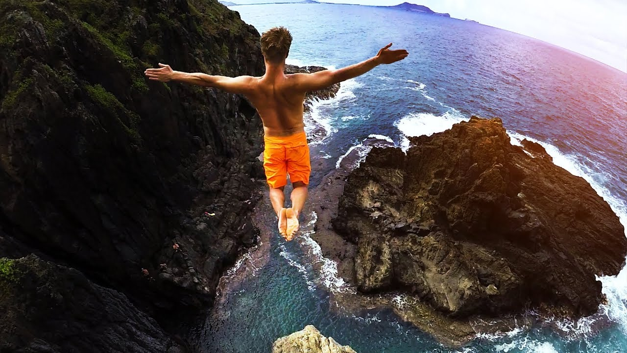 Cliff jumping hawaii 2 0 80 foot jump youtube - Highest cliff dive ...