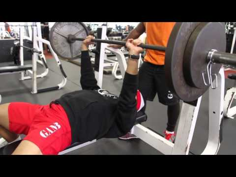 How To Train For Football In The Offseason | Workouts and Routines