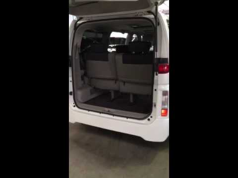 How to fold up seats in a Nissan Elgrand E51 by Top Secret Imports
