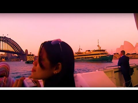 Date On A Luxury Boat Ride In Sydney Harbour