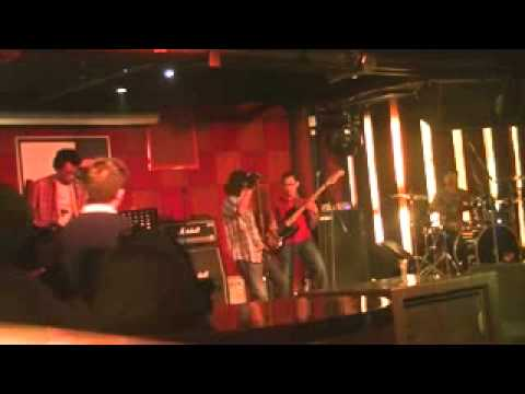 PINOSOUND (Dunia Yang Hilang / Take Me Home Now / Abenk Corner Shop) LIVE