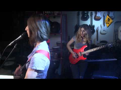Shusha - Stay With Me Tonight [Live @ Music House]