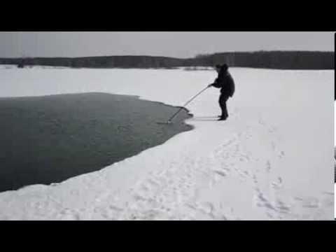 ловля корюшки сачком видео