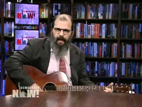 Steve Earle: Longtime musician & activist interviewed on Democracy Now! about new book/album. 1 of 4