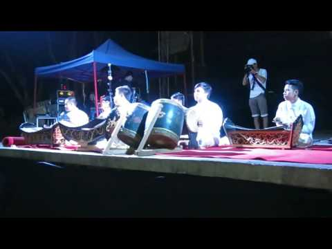 LIVE BAND PLAYING LAO TRADITIONAL MUSIC