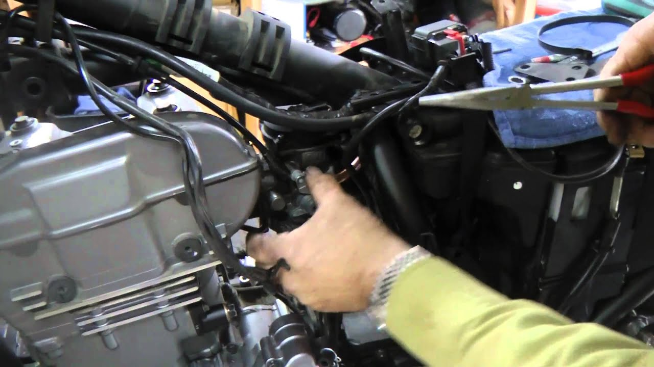 carburetor removal install on a klr 650 by. Black Bedroom Furniture Sets. Home Design Ideas