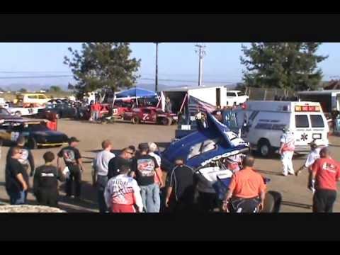 Sprint Car Crash @ Ocean Speedway Watsonville, California