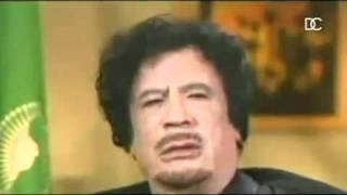 ( ضرطه ) طقعة القذافي هههههههههههههه - YouTube.flv