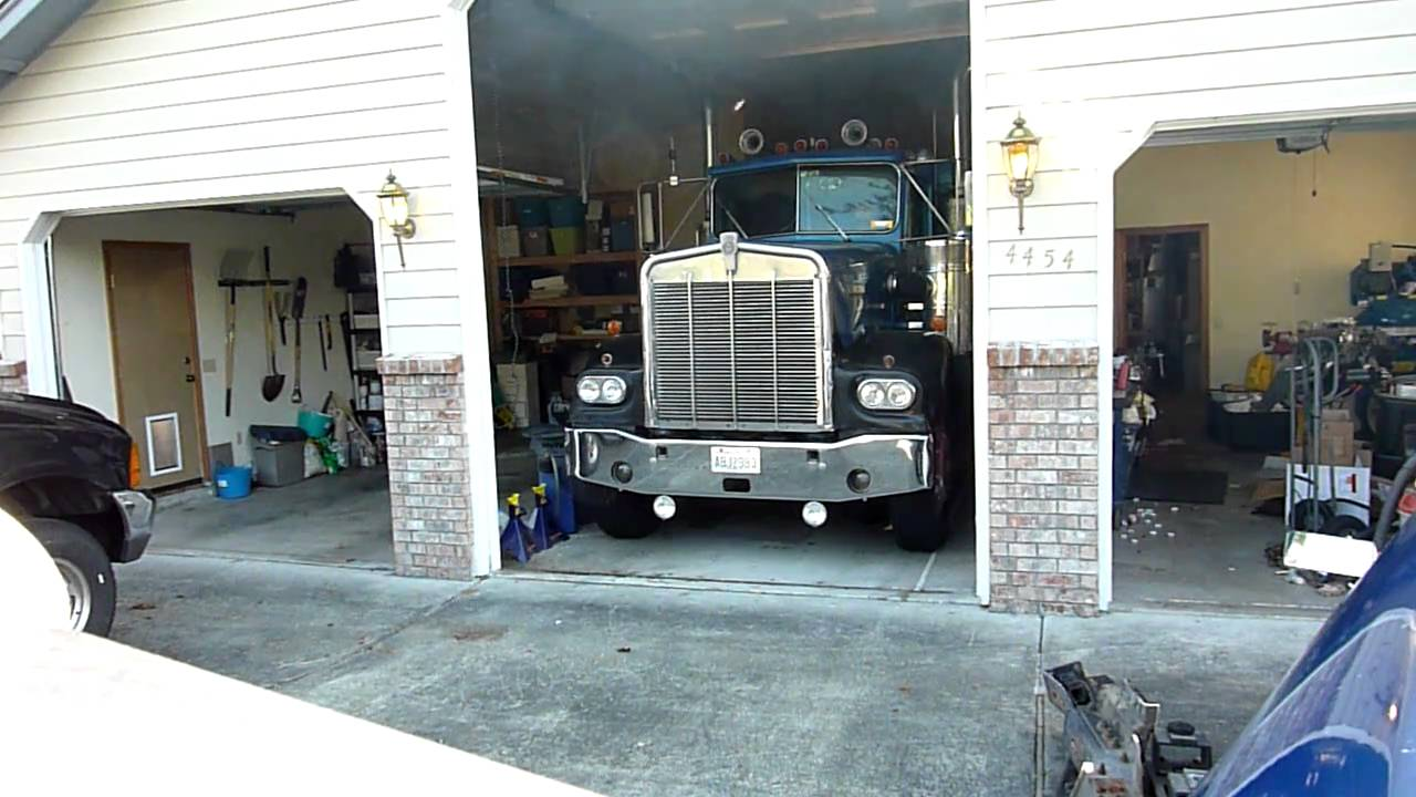 1981 Kenworth W900a Leaves Garage For The Last Time Youtube Wiring Diagram