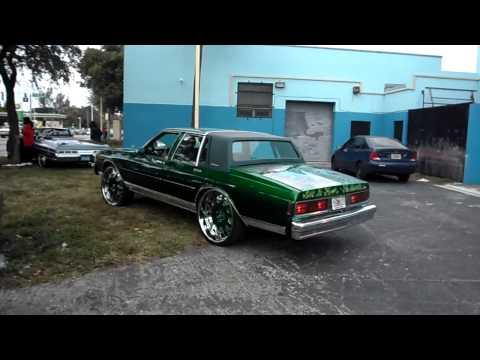 Kandy Green Box Caprice on 26's Forgiatos & 1971 Donk Vert on 26's Forgiatos (MLK Parade 2012)