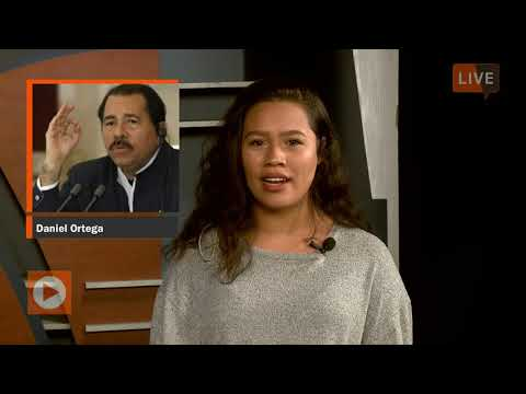 Julian Berger hosts entertainment segment on Carolina Ahora on 11/16/2018