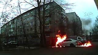 В Перми неизвестный поджег автомобиль директора «Комсомольской правды»