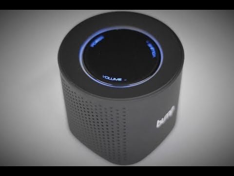 Review and Giveaway: Aluratek Bump 2.4 GHz Portable Wireless Speaker