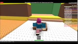 ROBLOX - playing can you escape a mcDonalds happymeal