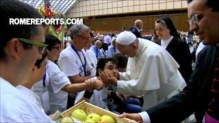 Đức Giáo Hoàng với người khuyết tật: linh mục nào không chào đón mọi người nên đóng cửa giáo xứ