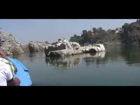 Amazing Tour of Bhedaghat Of Narmada River by motor boat with commentary of guide