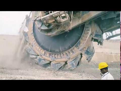 Bucket Wheeler Excavator Mass View of Excavating The Overburden