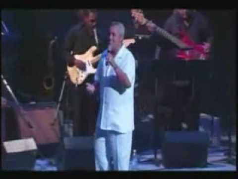 El shaddai Danny Berrios en vivo 25 años. MUITA UNÇÃO!!!