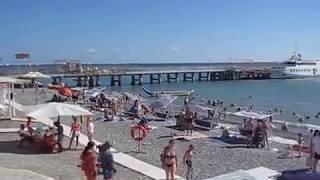 Отдых в Лоо видео пляжа и набережной(Отдых в Лоо номера у моря в гостинице на пляже 8 (918) 204-76-58. Видео центрального пляжа и набережная в Лоо отдых..., 2017-01-24T17:38:29.000Z)
