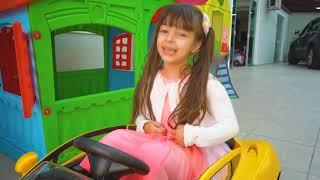 REGRAS DE CONDUTA para CRIANÇAS no PARQUINHO (Rules of Condut for Children) | Laurinha e Helena