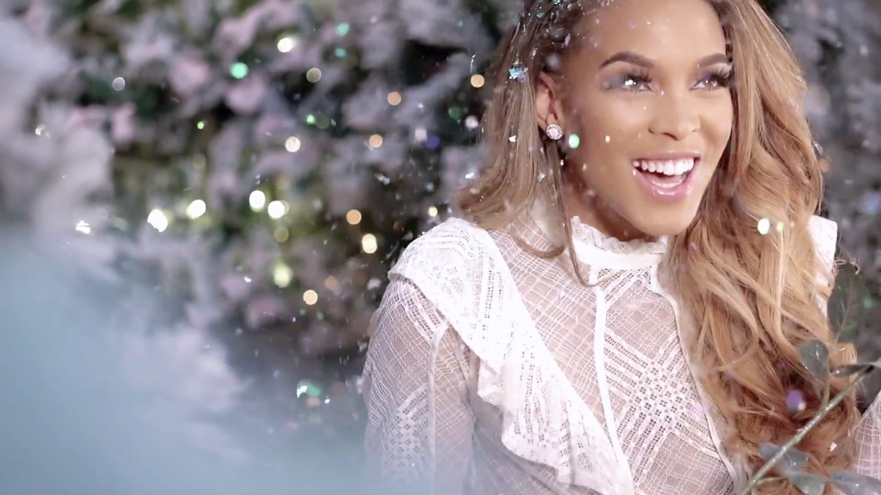 Yummy Extensions Holiday Campaign 2017 Tv Commercial Youtube