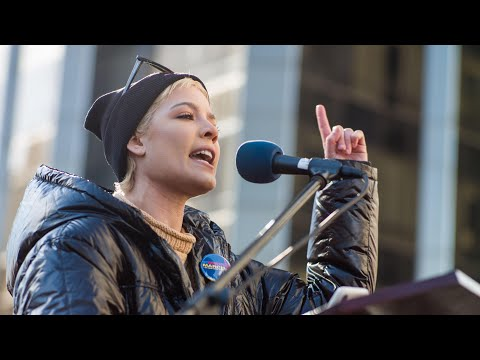 Powerful poem about sexual abuse dered  Halsey at New York Women's March