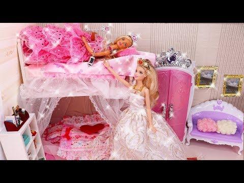 Barbie Bedroom Morning Routine Bunk Bed Doll House Play Dress Rumah барби 공주 인형놀이 드라마 장난감 놀이 | 보라미TV
