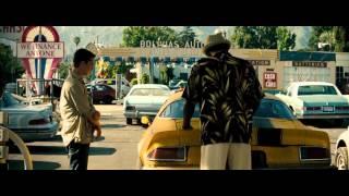 Transformers (2007) Comprando a Bumblebee (HD latino)