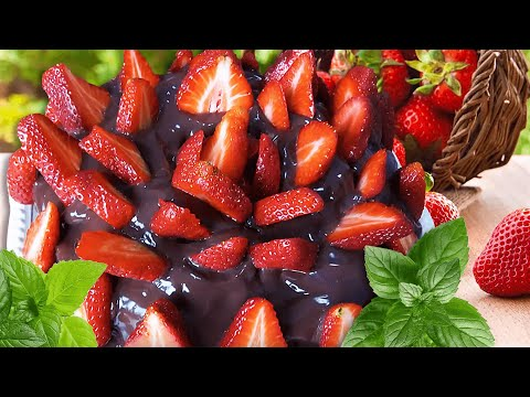 Strawberry Chocolate Cake - Easy & Quick Recipe