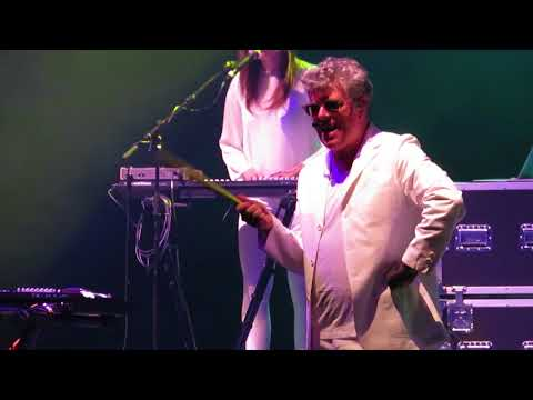 Tom Bailey (Thompson Twins) - Love On Your Side 30 Nov 2017