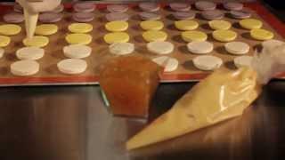 Как готовят французские пирожные макарон (макаруны, макарони, макаронс) Mon Bon