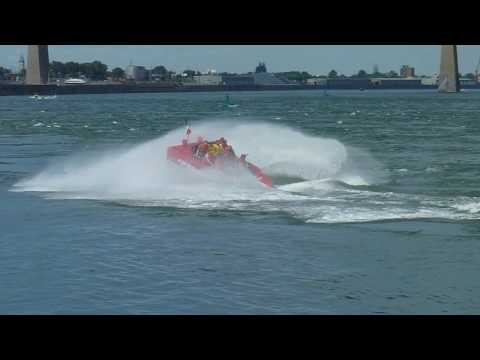 [HD] JET BOAT Speed & spins, Montreal