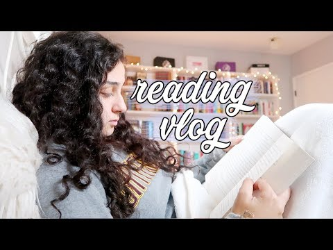 Rereading One Of My Favorite Series! | Vlog