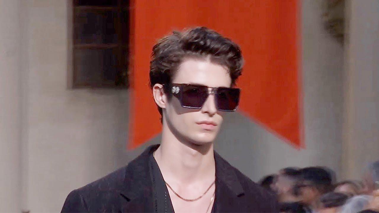 [VIDEO] - Roberto Cavalli | Spring Summer 2019 Full Fashion Show | Menswear 5