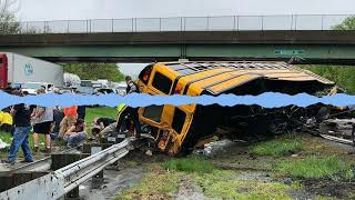 Video NJ school bus crash: Did bus make illegal U-turn on Route 80? download MP3, 3GP, MP4, WEBM, AVI, FLV Mei 2018
