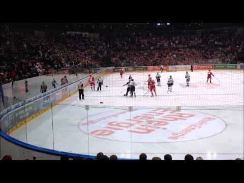 Kölner Haie - Ingolstadt | Moritz Müller vs. Jean-Francois Boucher | Schlägerei / Fight