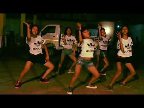 Babuji Zara Dheere Chalo - Dum   Dance Choreography
