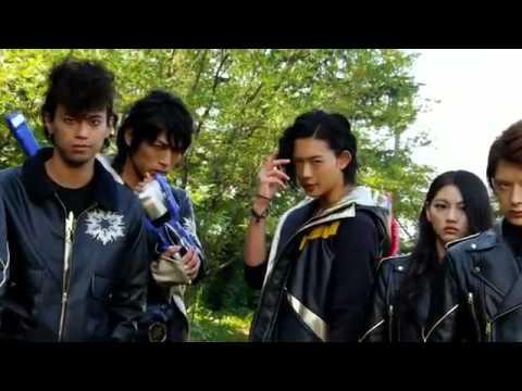 Trailer do filme Zyuden Sentai Kyoryuger vs. Go-Busters: The Great Dinosaur Battle! Farewell ...
