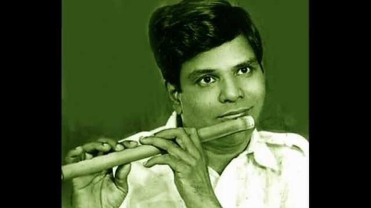 T.R.Mahalingam- Flute-nagumOmu_ganalEni-AbhEri