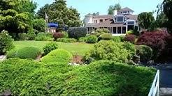 70 Cascade Key in Newport Shores, Bellevue. Waterfront Living