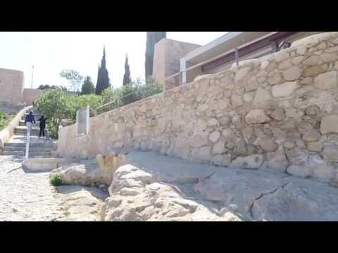 Walking Alicante castle (Castillo Santa Barbara.) Travel Vlog 02.