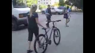 как научиться ездить на велосипеде за 2 часа (урок 1)