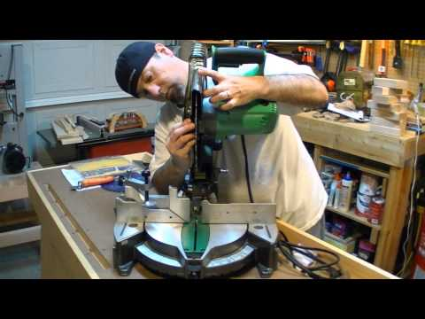 Crosscut saw blade mitre