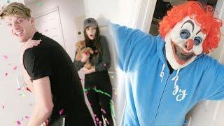 amazing-killer-clown-prank-on-best-friend