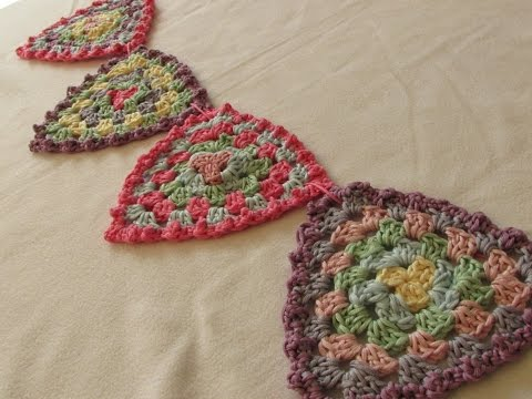 VERY EASY crochet granny triangle bunting / garland - crochet pattern for beginners