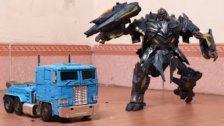 Optimus Prime, Megatron - Superhero Transformers robot in real life truck toys Stop Motion!