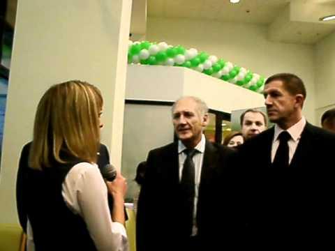 новый офис Сбербанка в «Галерее»(1).MOV